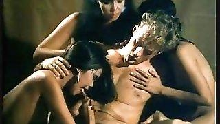 Marco Polo - circumcised scenes Italian