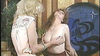 Jacqueline Larians seduced and then martubates a hot nymph and gobble her vagina